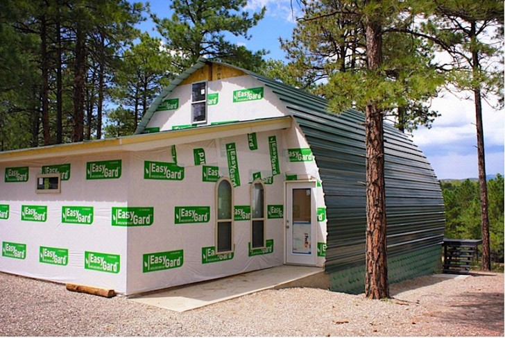 13 Awesome Photos: Cheap DIY Off-Grid Cabin - Page 7 of 13