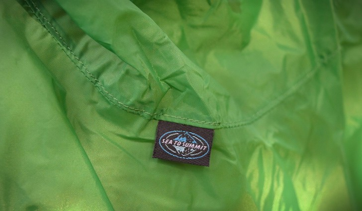 sea-to-summit-nylon-tarp-poncho-01