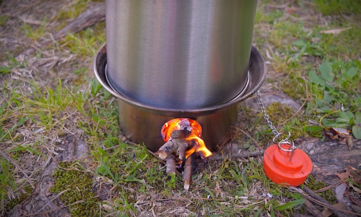 kelly-kettle-basecamp-outdoor-stove-02