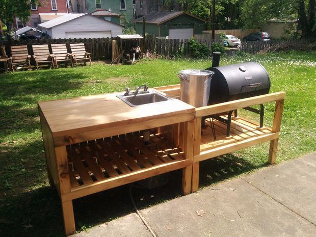Outdoor Pallet Kitchen