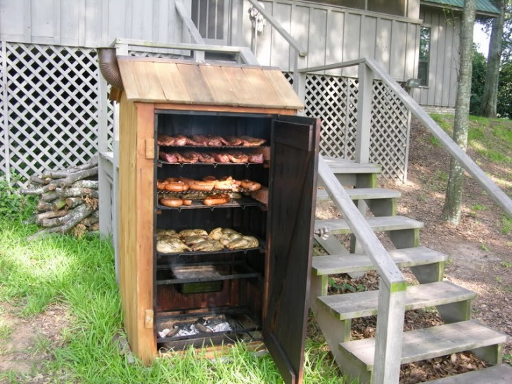 Simple Wood Smoker