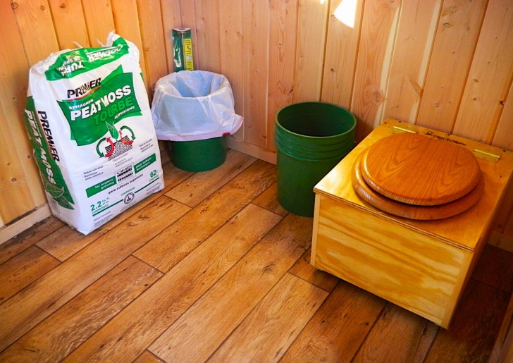 composting-toilet