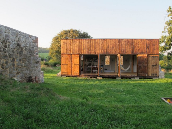 Czech Off Grid Cabin